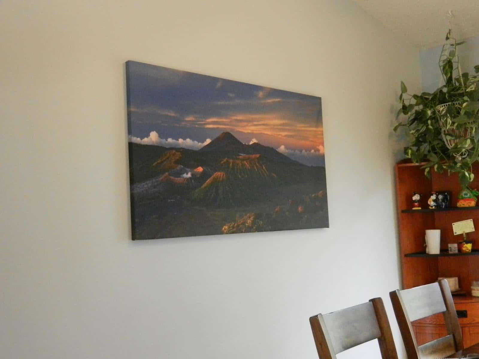 re-decorate with a new canvas
